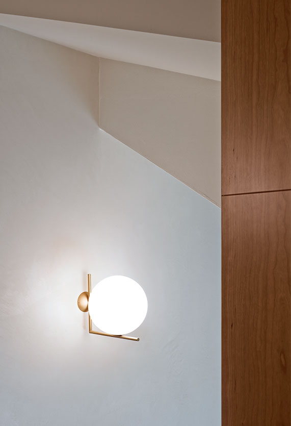 applique IC light ceiling/wall flos
